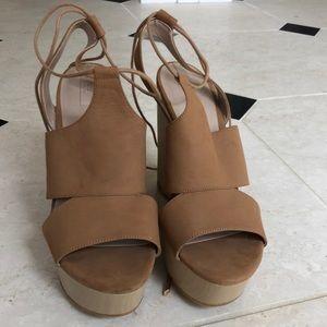 ALDO tan/ brown wedges